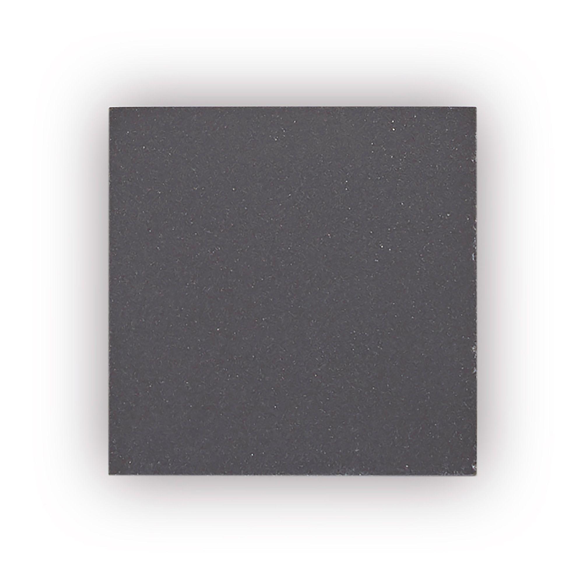 Geometric Black Inset