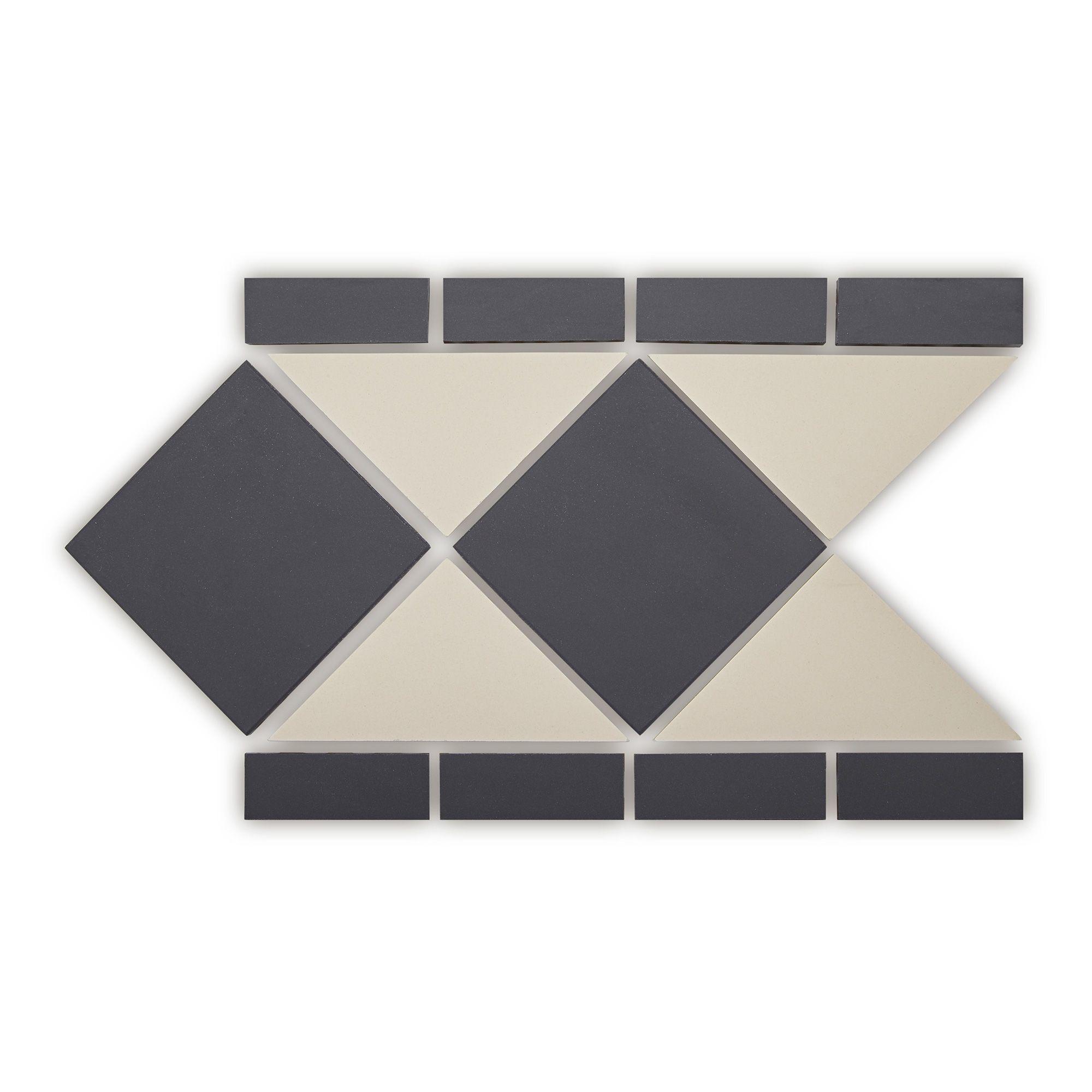 Geometric Black and White Oxford Border